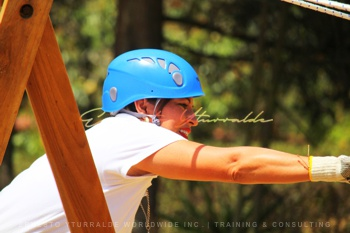 Talleres de Cuerdas Bajas / Low Elements Ropes Courses | Ernesto Yturralde Worldwide Inc.